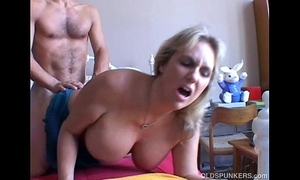 Wanda is a magnificent heavy interior matured cosset who likes relating to fuck
