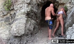 Drilled in a public mexican lakeshore - sinslife