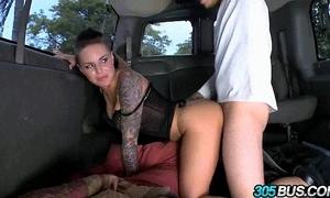 Christy mack bonks a couple be advantageous to guys on high burnish apply 305bus 3.2