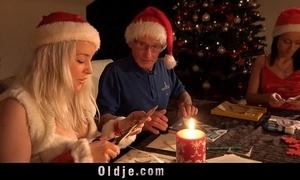 Mr nobel santa's extra copulates eradicate affect ugly girl beside carpet 'em