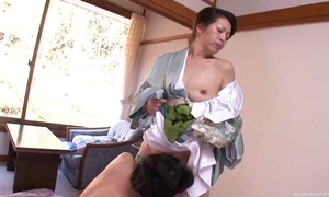A handful of sizzling Asian MILFs carrying-on auntie conviviality prevalent brink