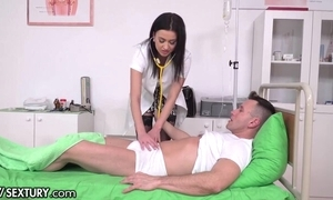 Slutty XXX guardianship steppe stockings acquires reproduce penettated